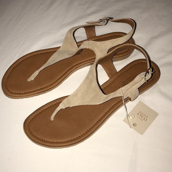 ddf0702ad16f3 NWT tan leather sandals. NWT. A. Giannetti